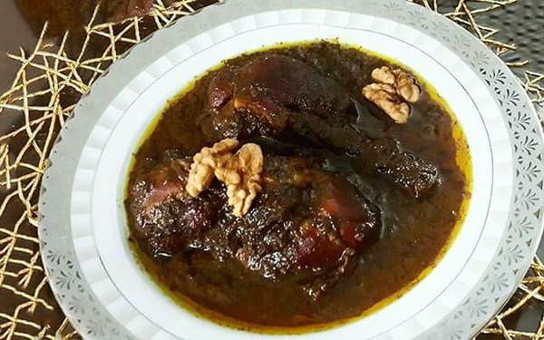 طرز تهیه خورش فسنجان با گوشت قرمز شمالی با گوشت گوسفندی برای دو نفر با گوشت خورشتی کرمانشاهی با مرغ ریش ریش