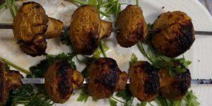 طرز تهیه قارچ کبابی